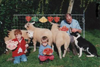 Photo famille  - Résultat concours en présence de notre chien de troupeau